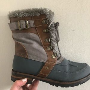 Rock & Candy Shoes - Rock candy tan/gray winter boots